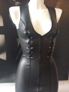 Rubber, Neoprene, dress, jurk, fetish, doorbitchproof